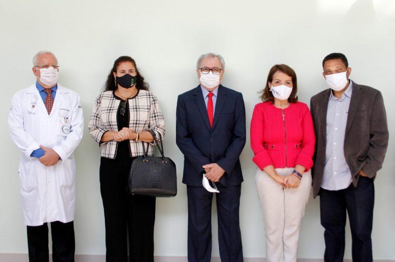 Fernando Medina, Priscila Bigaton Medina, João Orlando Pavão, Profª Bebel e Adelino de Oliveira